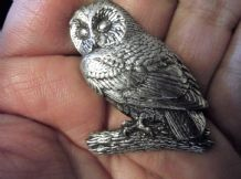 "LOVELY SOLID PEWTER PIN BROOCH OWL ON LOG PERCH SIGNED A. R. BROWN 1.5"" HIGH"